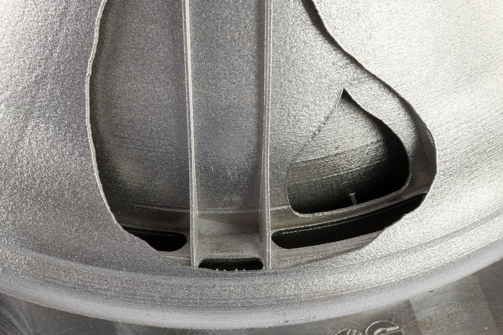 Isar Aerospace Technologes Exhaust Outlet EOS NickelAlloy IN718 EOS M 300-4